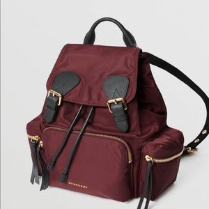 Burberry backpack in beautiful burgundy, 100% Auth